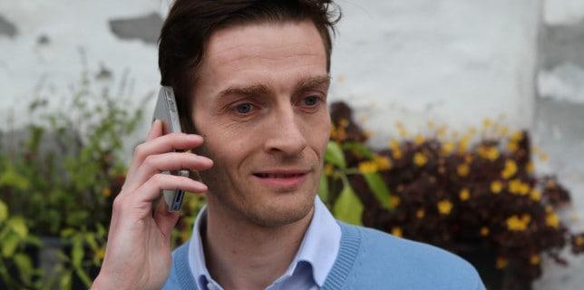 Idenyt.dk: Hvilken mobiltelefon er værst rent hygiejnisk: Kvinders eller Mænds? Få svaret her