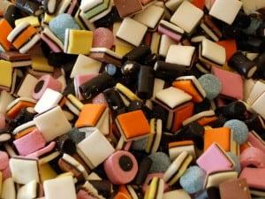 candies-6-1173150-640x480